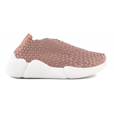 Sneakers with woven upper