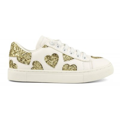 Sneakers with glitter hearts