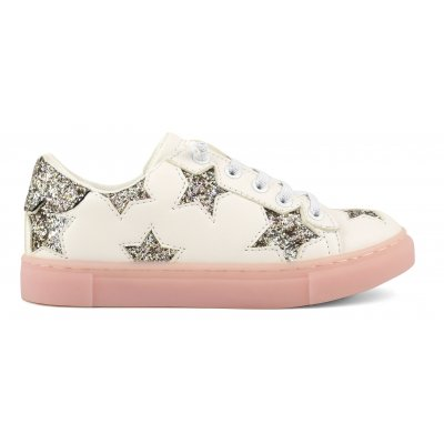 Sneakers with glitter stars