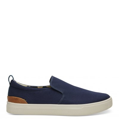 Navy Canvas TRVL Lite Slip-on M